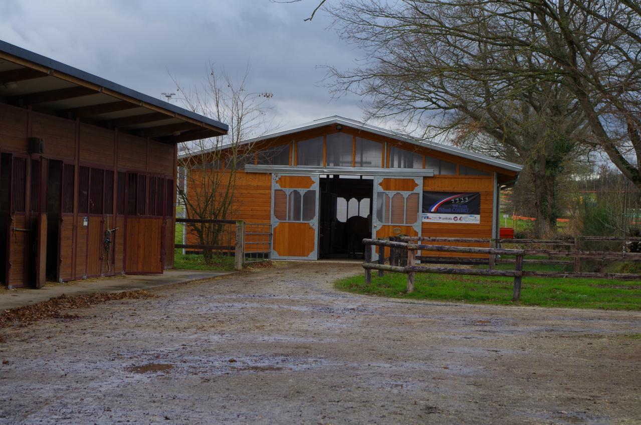 Barns des poulinières suitées